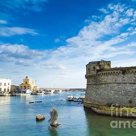 Giuseppe R F Seccia - Castle in the blue