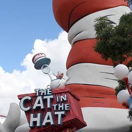 Maxine Bochnia - Cat in the Hat