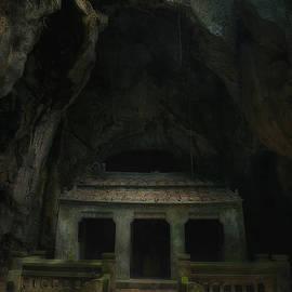 Kim Andelkovic - Cave Entrance