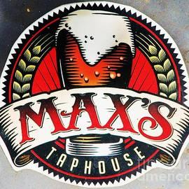 Marcus Dagan - Celebrating Max