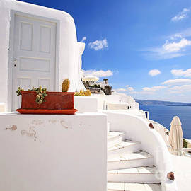 Aiolos Greek Collections - Charming architecture