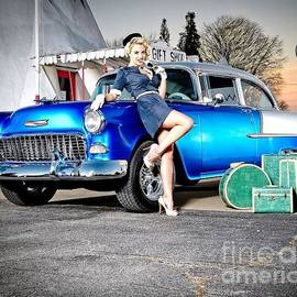 R A W M   - Chevrolet Pin Up Girl