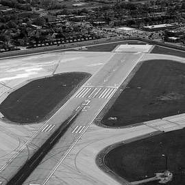 Thomas Woolworth - Chicago AirPlanes 04 Black and White