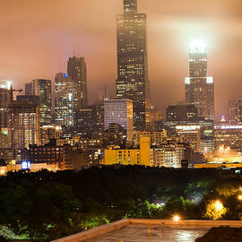 Gregory Ballos - Chicago Skyline from the Rooftop