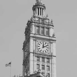 Thomas Woolworth - Chicago Wrigley Clock Tower BW