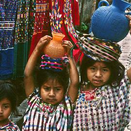 Massimo Sormonta - Chichicastenango children