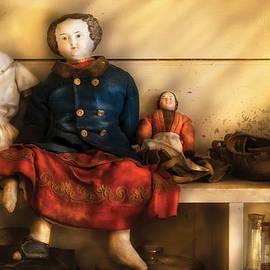 Mike Savad - Children - Toys - Assorted Dolls
