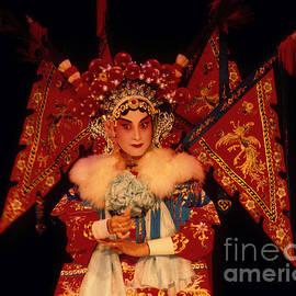 Eva Kato - Chinese Opera