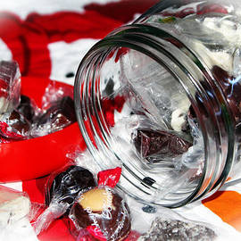 Cynthia Guinn - Christmas Candy Jar