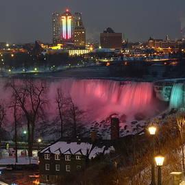 Lingfai Leung - Christmas Spirit at Niagara Falls