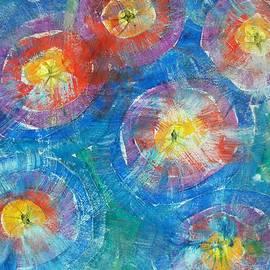 Amelie Simmons - Circle Burst