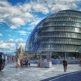 Kim Andelkovic - City Hall - London
