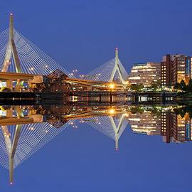 Juergen Roth - Cityscape Reflection of the Boston Zakim Bridge