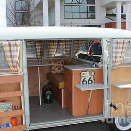 R A W M   - Classic Volkswagen Bus