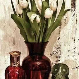 Marsha Heiken - Classy Tulips Bouquet
