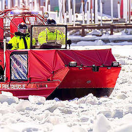 LeeAnn McLaneGoetz McLaneGoetzStudioLLCcom - Clay Township Fire Rescue boat