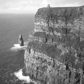 Richard Andrews - Cliffs of Moher - O