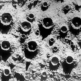 Retro Images Archive - Close up on the Moon