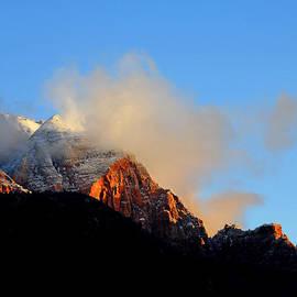 John Langdon - Clouds Playing On Mountain Top