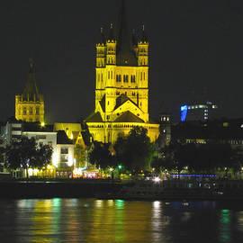 Barbara Chachibaya - Cologne at Night