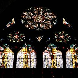 Linda Covino - Cologne stained glass from inside out