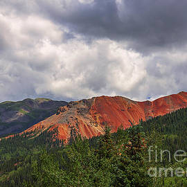 Janice Rae Pariza - Colorado Red Mountains