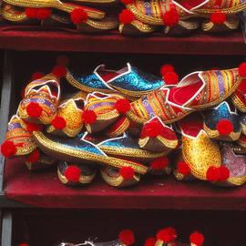 Eva Kato - Colorful Slippers
