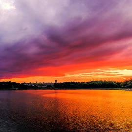 Ludmila Nayvelt - Colorful sunset in Boston MA