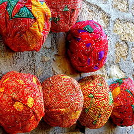 Sue Jacobi - Colorful Turbans For Sale Rajasthan India