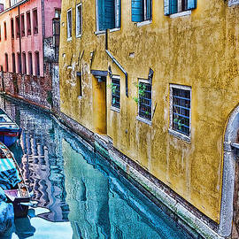 Sheila Laurens - A well-worn Venice
