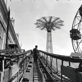 MMG Archives - Coney Island - Roller Coaster and Parachute Jump