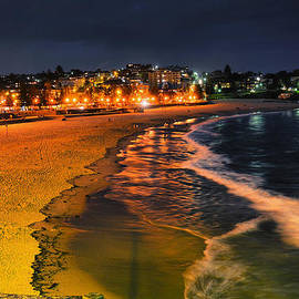Andrei SKY - Coogee beach at night