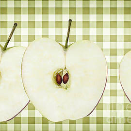 Natalie Kinnear - Country Style Apple Slices