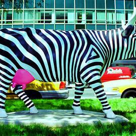 Allen Beatty - Cow Parade N Y C 2000 - Zow  Cow