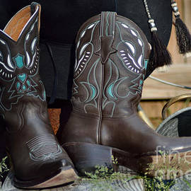 Luv Photography - Cowgirl Boots