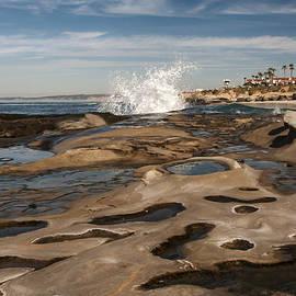 Lee Kirchhevel - Crashing Wave at La Jolla Cove