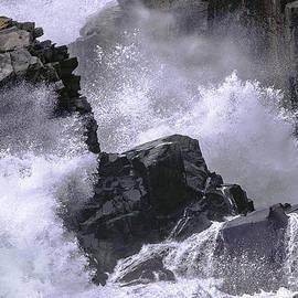 Marty Saccone - Crashing Wave at Quoddy