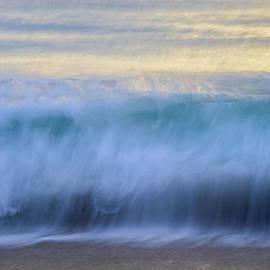 Amanda Sinco - Crying Waves