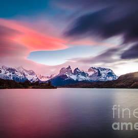 Manuel Fuentes - Cuernos del Paine