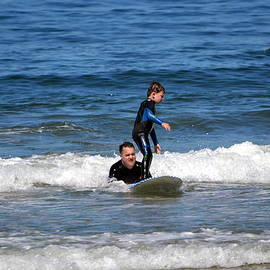 Dean Ferreira - Dad and Son Surfing