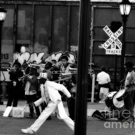 Robert McCubbin - Dance Tuba Music