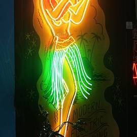 Chuck  Hicks - Dancing Neon
