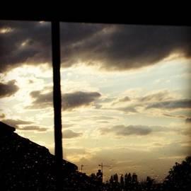 Deimantas Strolia - Debesys Pro Langą. #clouds #rainy #uk