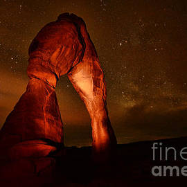 Matthew Yeoman - Delicate Arch by Night