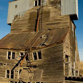 Robert Ford - Derelict old Grain Elevator near Pullman Washington