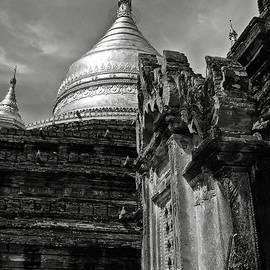 RicardMN Photography - Dhammayazika Pagoda