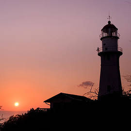 Nature  Photographer - Diamond Head Lighthouse at Sunset - A beautiful lighthouse