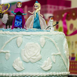 Stephen Brown - Disney Frozen Cake