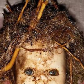 Ally  White - Doll Head