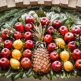 William Krumpelman - Door fruit ornament